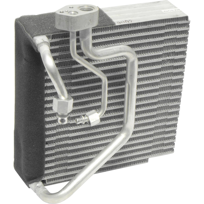 Evaporator Plate Fin VOLV V40 04-00